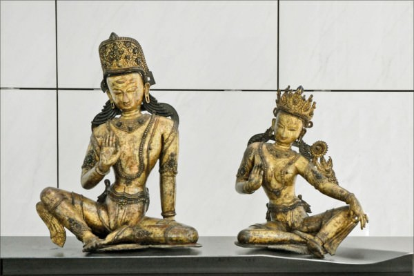 Lord Indra and his wife Indrani